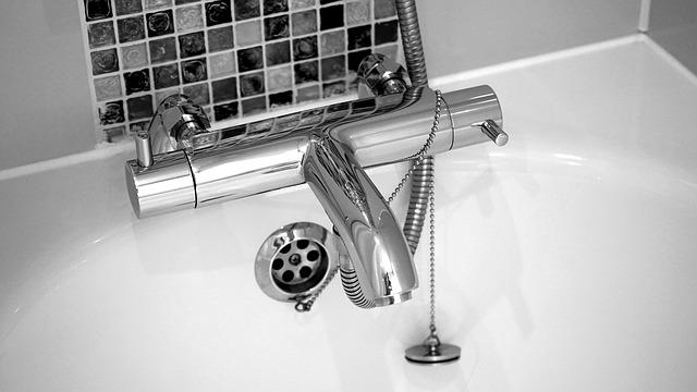 Jak wybrać baterię umywalkową ścienna wysokiej jakości?