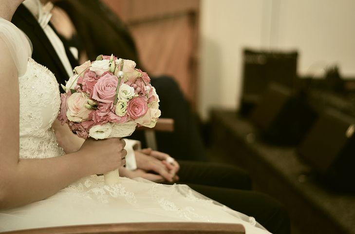 Jak zapakować podarunki dla gości weselnych?